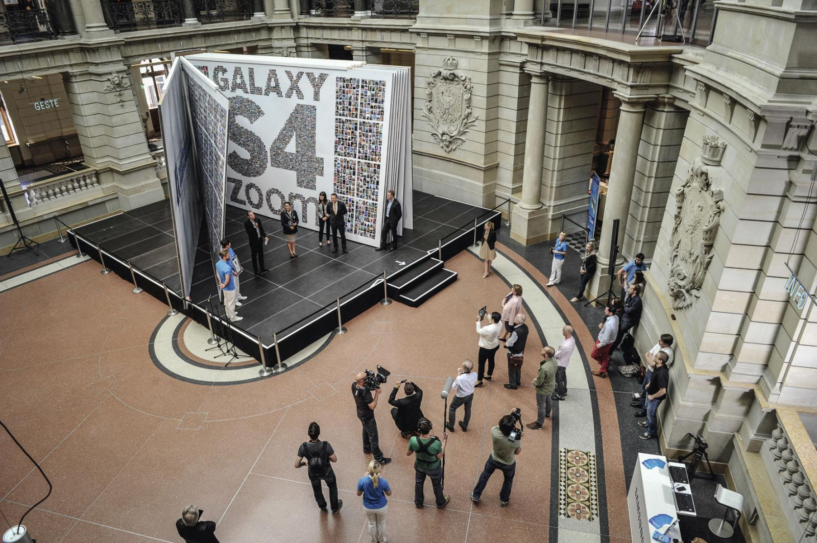 Samsung größtes Fotobuch der Welt - Weltrekord